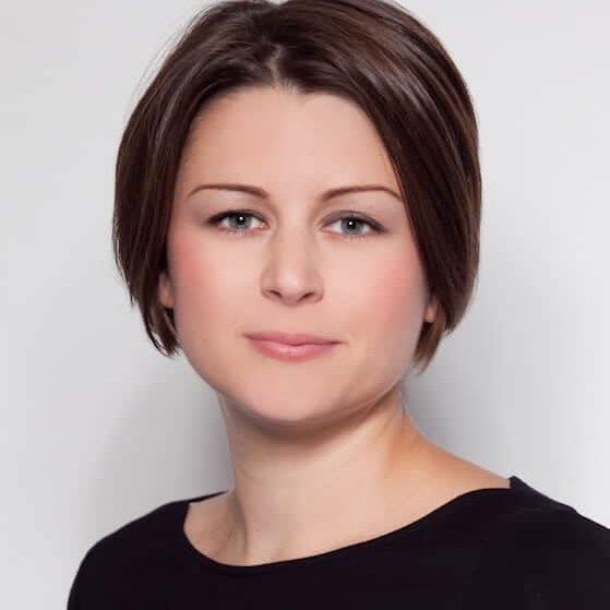 laura profile picture.cp
